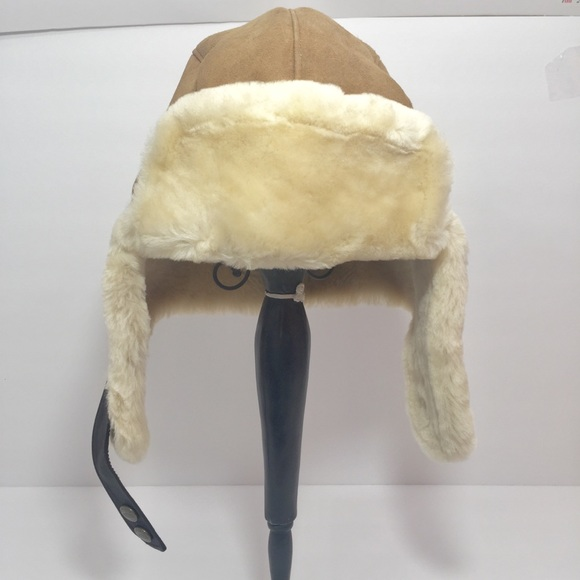 5784b6d3a2bff Sheerling-Lined Sheepskin Trapper Hat